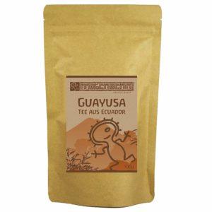 Guayusa Tee auf weissem Hintergrund